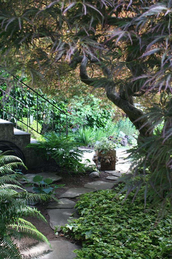E VAN Garden tour 1