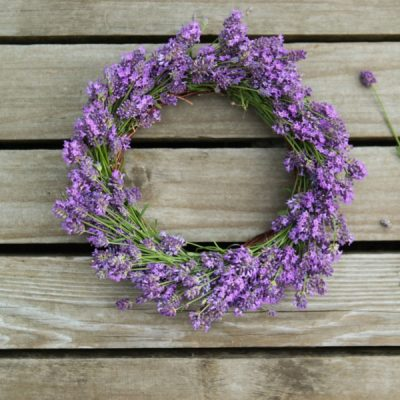 DIY Lavender Wreath