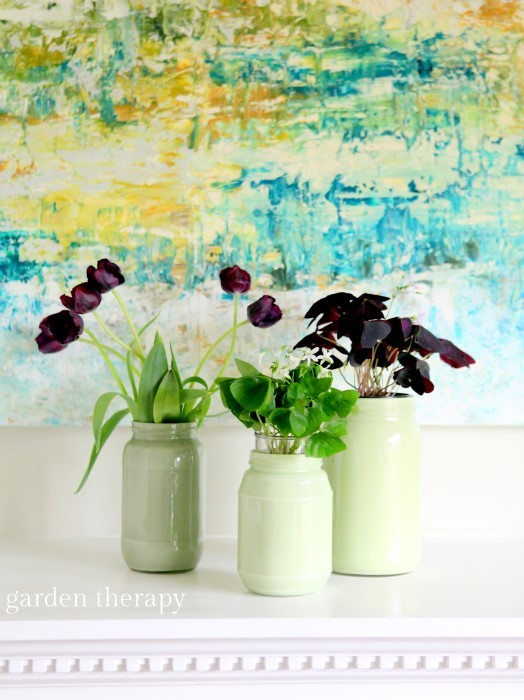 Gorgeous flower arrangement with a mix of cut flowers and potted plants #oxalis #tulips #spring