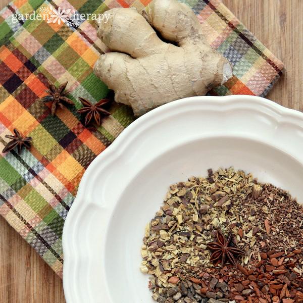 Dried Sassafras, Sarsparilla, Burdock, Star Anise Ingredients for Root Beer