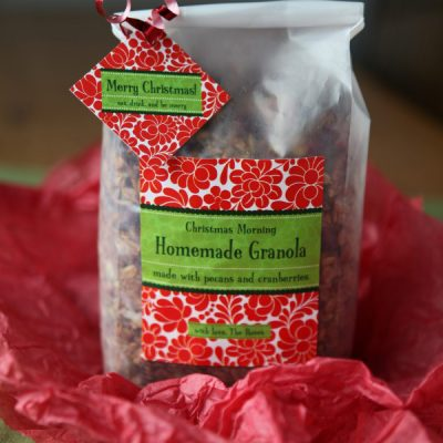 Last Minute Holiday Gifts: Christmas Morning Granola