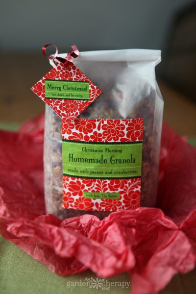 Christmas Morning Granola recipe