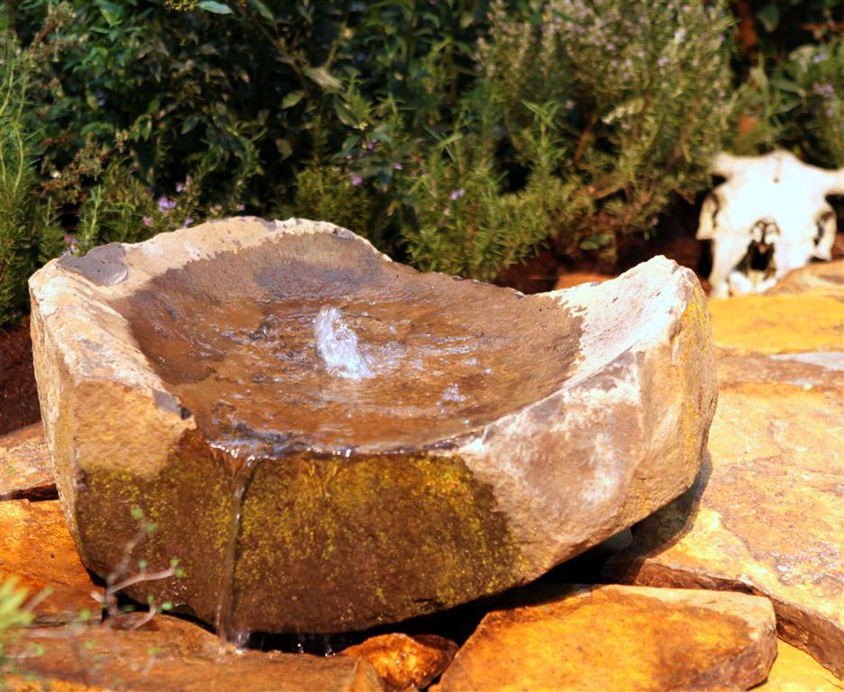Rock fountain