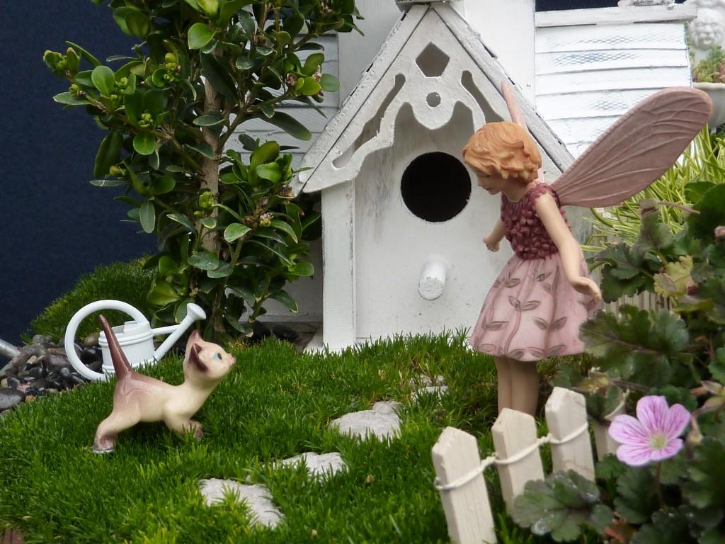 Fairy Greeting Cat