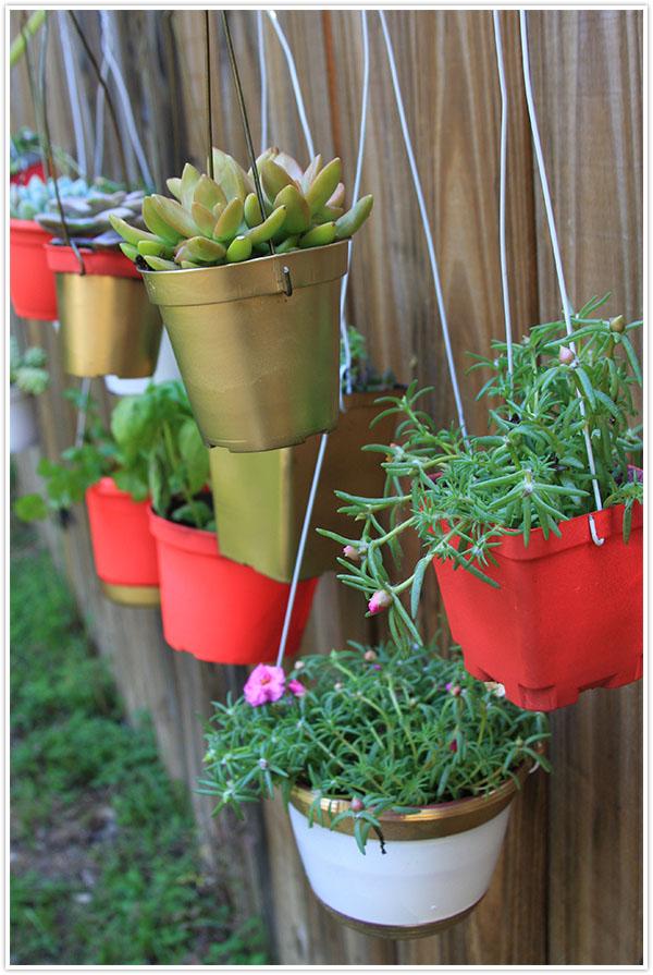 Hanging Fence Garden