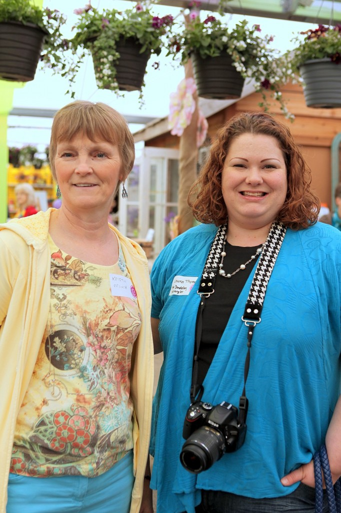 Laura Dandelion Wrangler and Kristen That Bloomin Garden