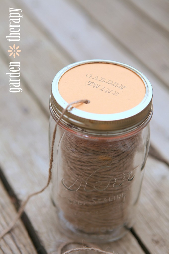 How to Make a Mason Jar Garden Twine Dispenser