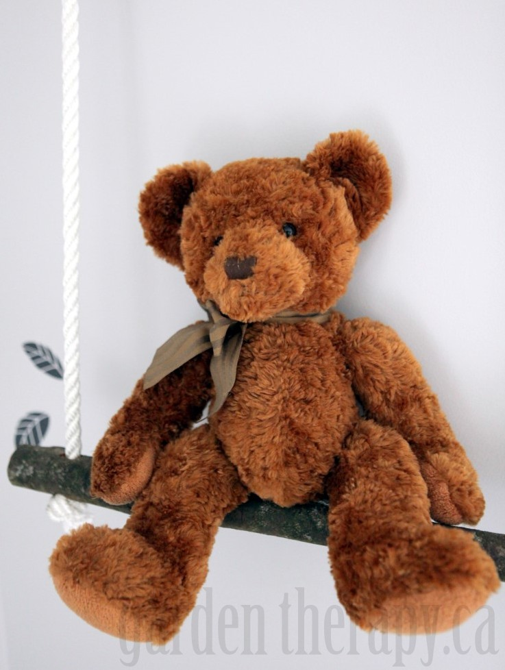 Bear on Branch Swing Shelf