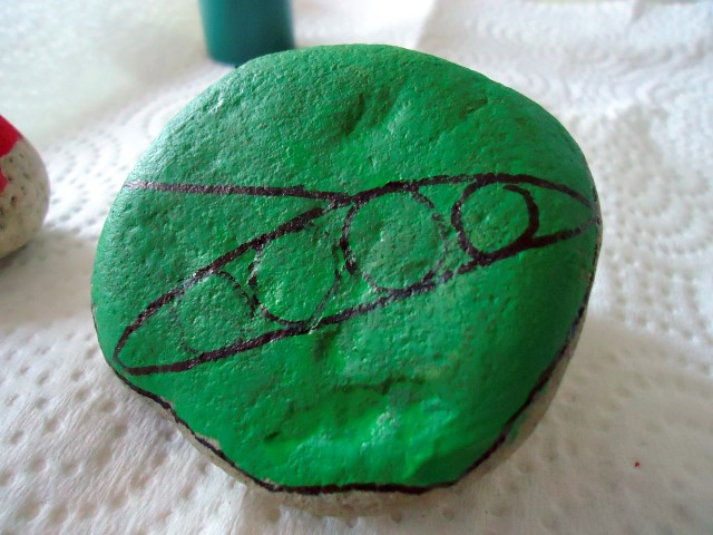 Painted Stone Vegetable Markers Step (1)