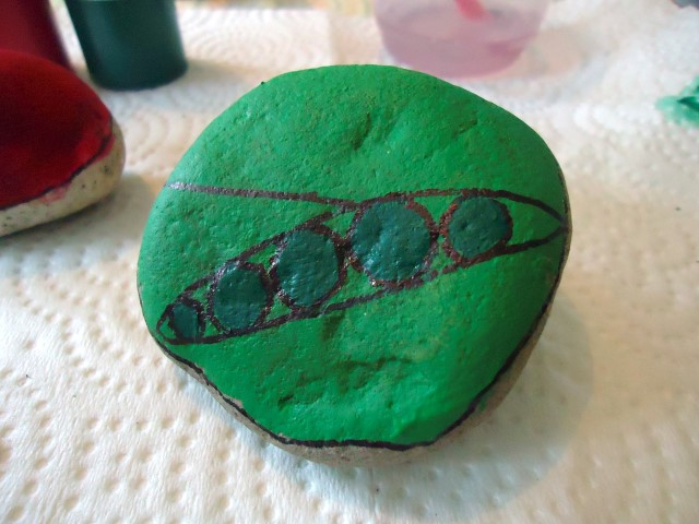 Painted Stone Vegetable Markers Step (2)
