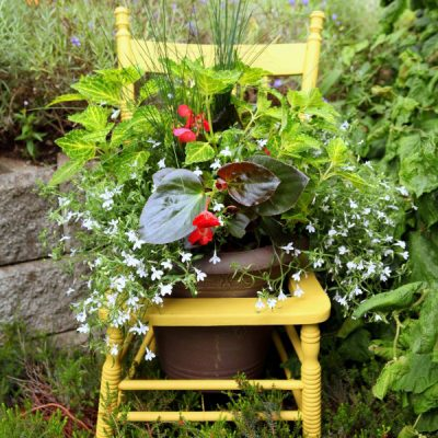 An Outdoor Chair Planter that Gives New Life to a Vintage Beauty