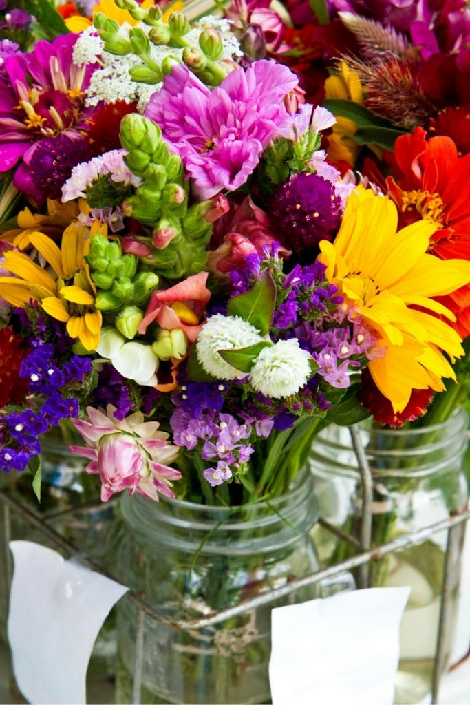 Make your cut flowers last three times longer with these tips