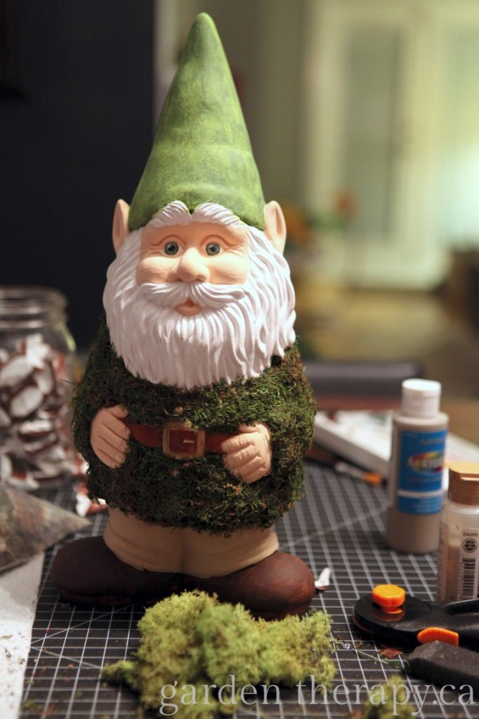Decorating Gnome for the Home Show