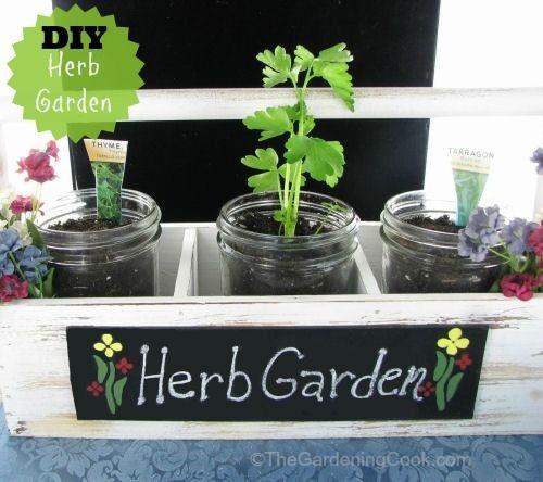 DIY Herb Garden Planter in Farmer's Market Display #EarthDayProjects