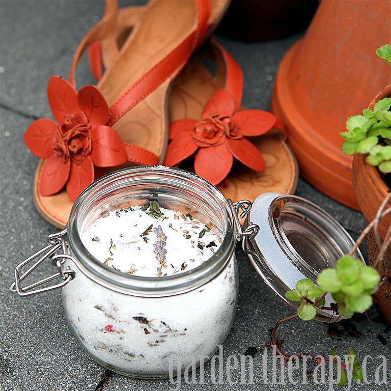 Gardeners Herbal Foot Soak Recipe (via Garden Therapy)
