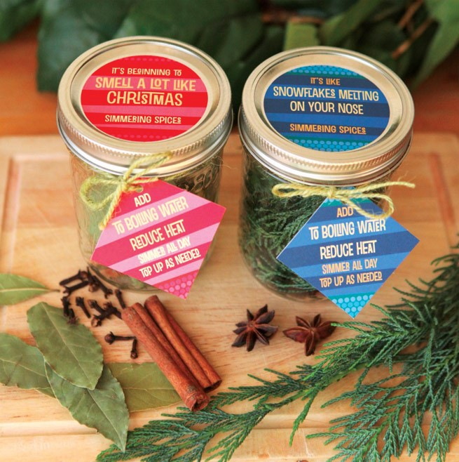 Holiday Simmering Spices Recipes and many more mason jar crafts