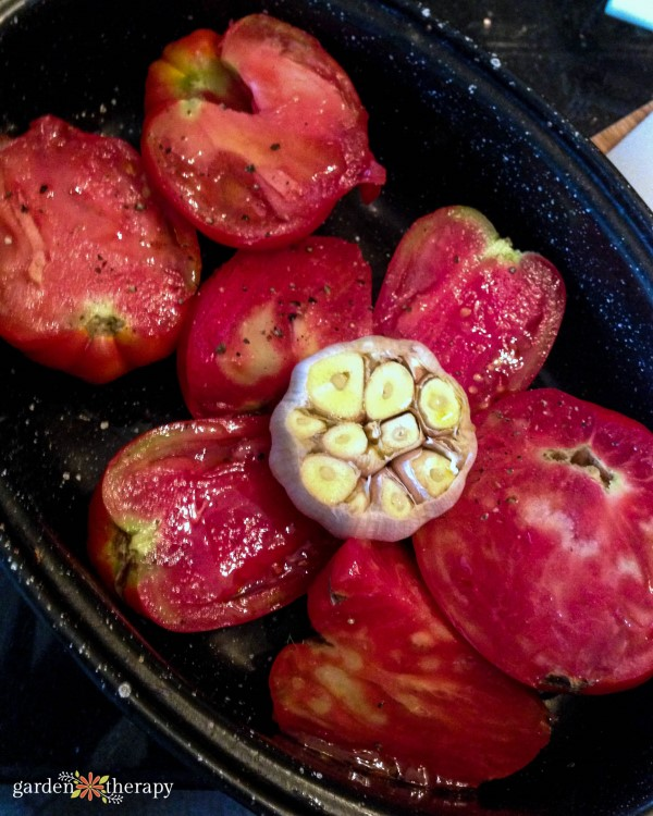 roasting tomatoes and garlic for sauce