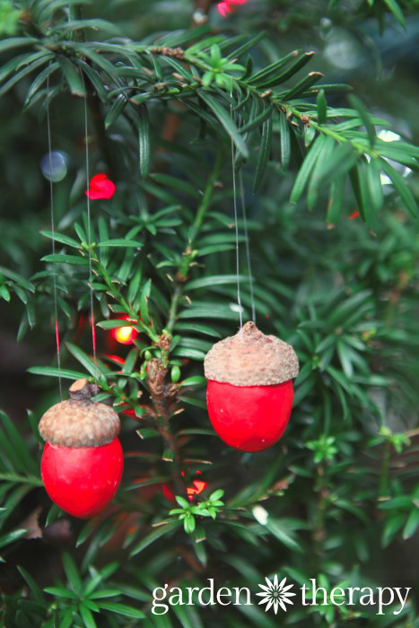 100 handmade christmas projects garden therapy festive clay acorn ornaments for holiday decorations publicscrutiny Images