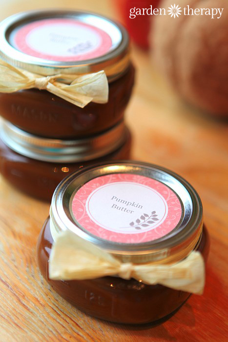 Spiced Pumpkin Butter Recipe and free fall Thanksgiving canning labels