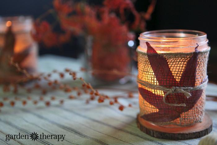 leaves and burlap mason jar autumn candles