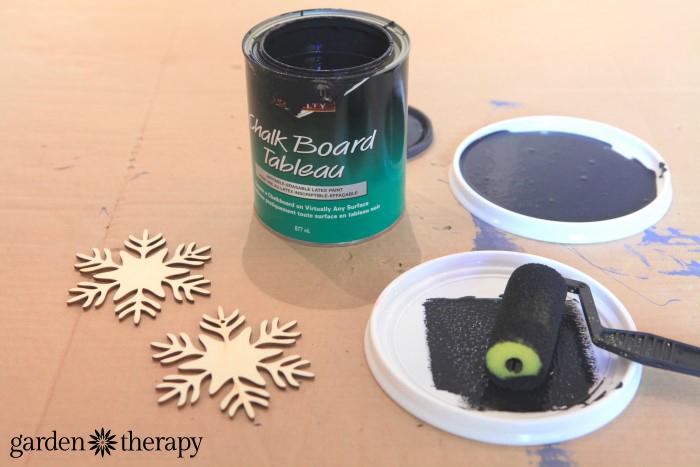 Chalkboard Paint Wood Snowflake Ornaments DIY Project 2