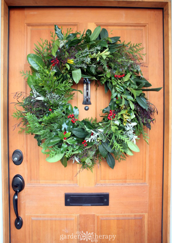 DIY fresh evergreen wreath instructions