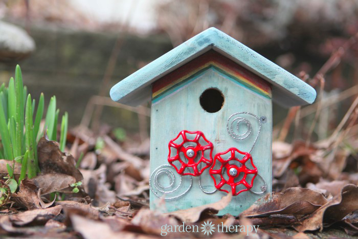 How to make a junk metalwork birdhouse
