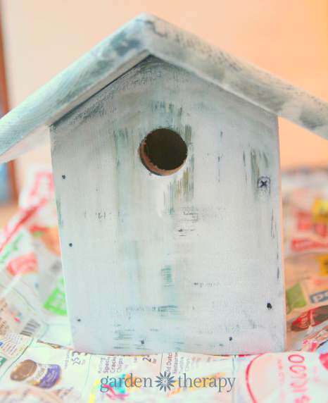 white wash paint treatment from how to make a junk metalwork birdhouse