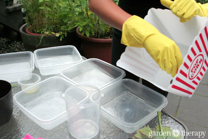 Using plastic containers as cement molds
