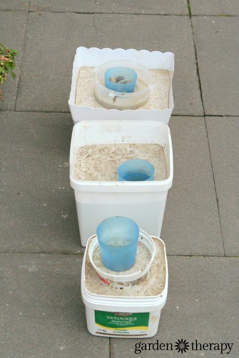 DIY cement molds to make concrete garden pots