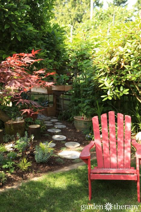 Garden Therapy Back Yard Play Garden Tour (12)