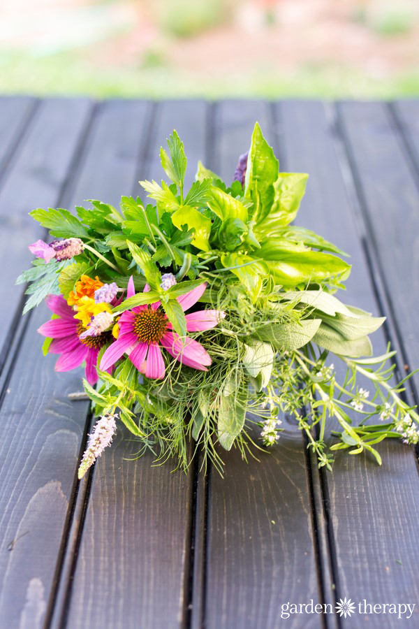 how to make herbal bouquets