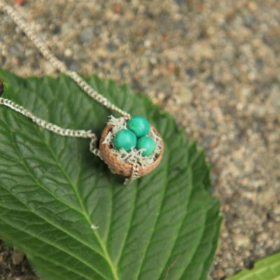 Make This Sweet Acorn Nest Necklace For a Fun Fall Craft!