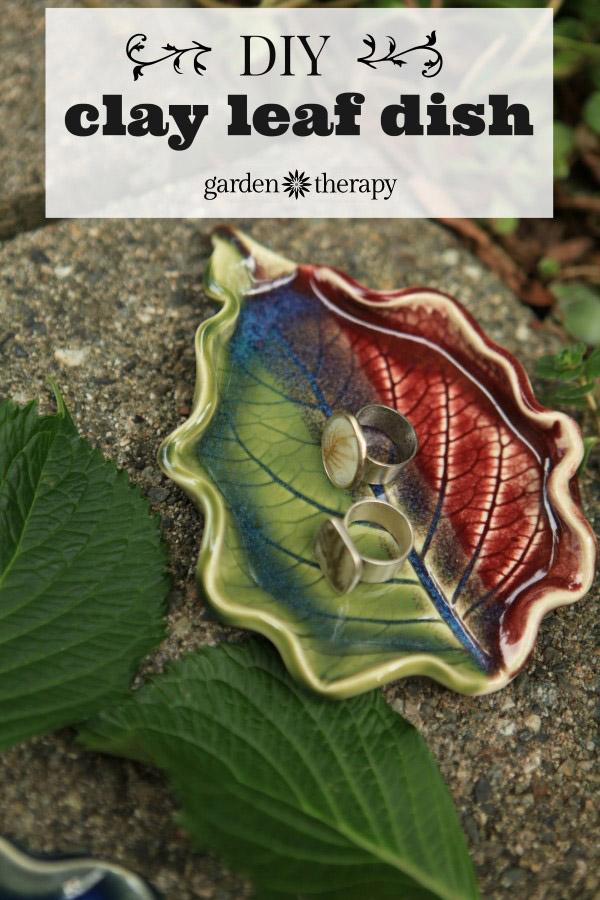 Clay Hydrangea Leaf Dish
