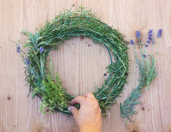 How to Make a Gorgeous Fresh Herb Wreath Step (1)