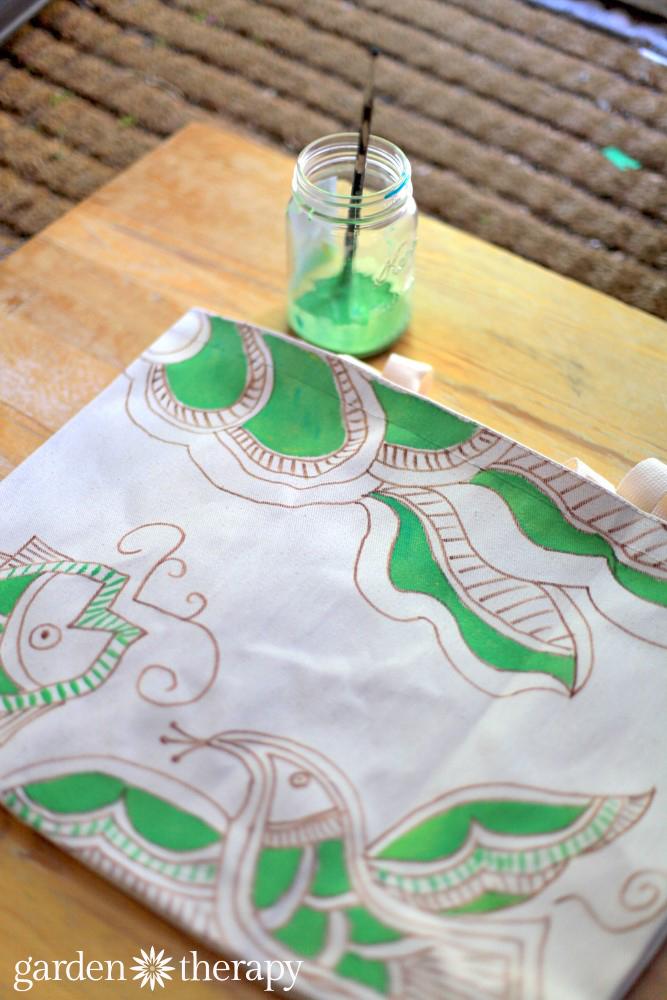 Hand Painted Market Bag Tutorial (5)