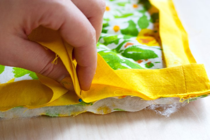 DIY Herb Scented Hot Pad for Tea Sewing Instructions Step (13)