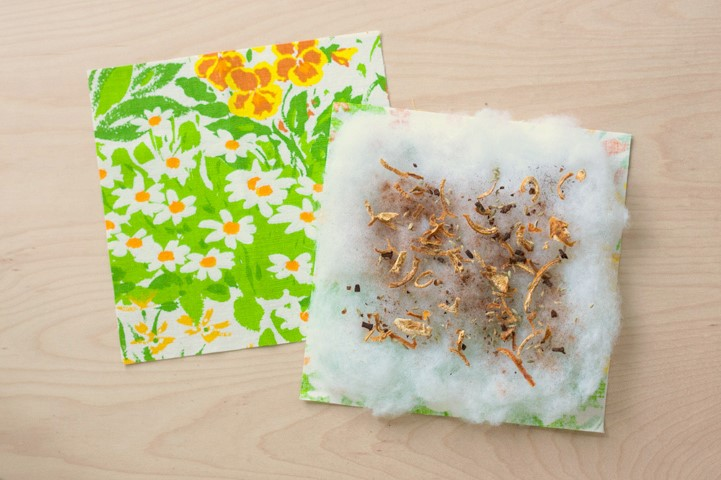 DIY Herb Scented Hot Pad for Tea Sewing Instructions Step (3)
