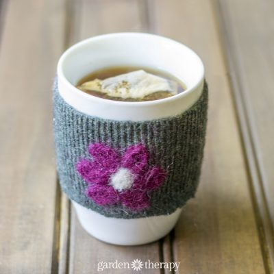No-Sew Felted Mug Cozies: an Easy but Adorable Handmade Craft