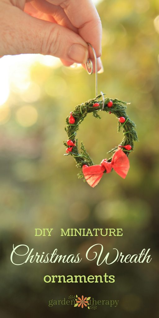How to Make Easy Miniature Wreath Ornaments