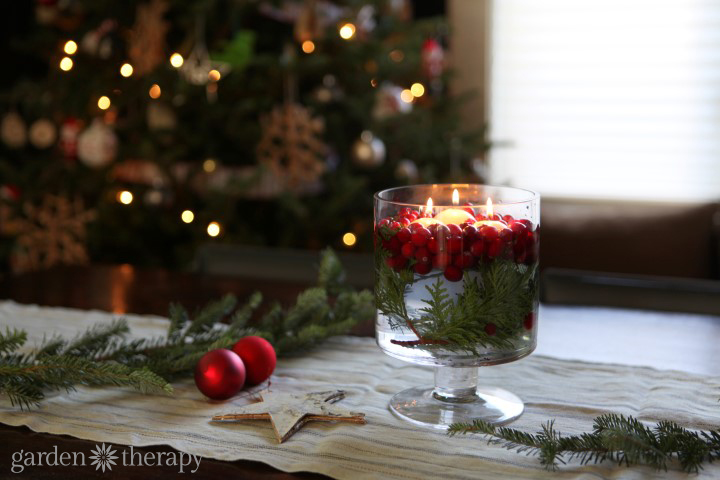 Cranberry Candle Table Decoration Plus More Super Simple Holiday Decorating Ideas