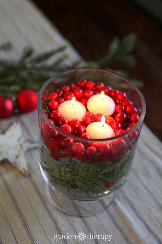 Easy Cranberry Candle Table Decoration plus more Super Simple Holiday Decorating Ideas