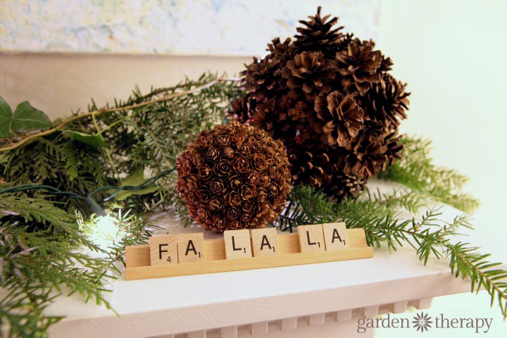 easy holiday scrabble tile decoration plus more Super Simple Holiday Decorating Ideas