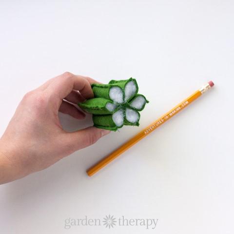 DIY Felt Cactus Step (4)