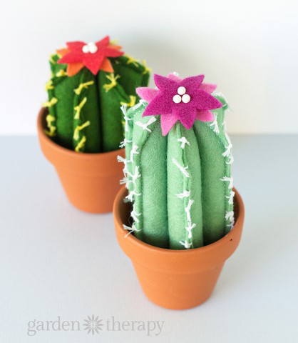 DIY Felt Cactus Step (7)