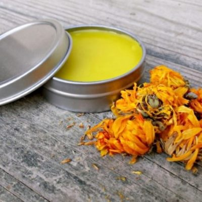Naturally Treat Cuts and Scrapes with this Homemade Calendula Salve