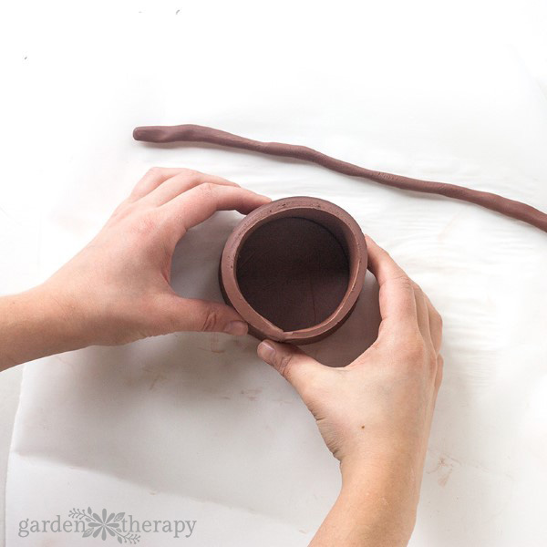 How to Make Air Dry Clay Hanging Planters Step (5)