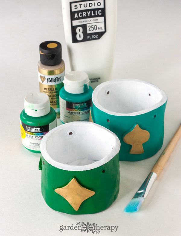 Painting clay planters