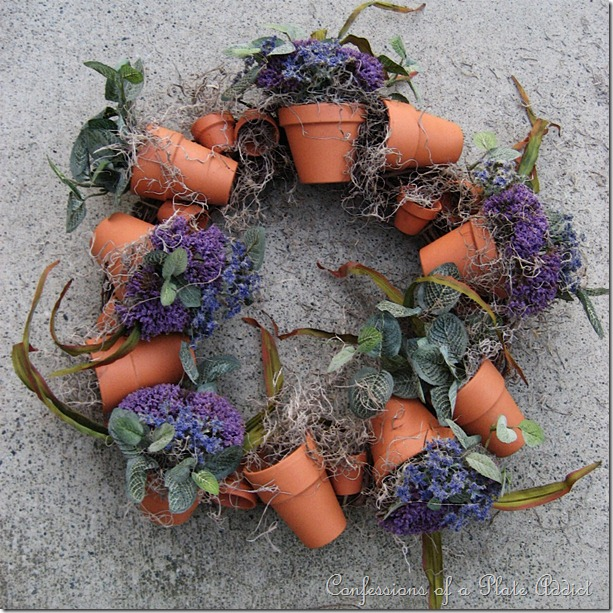 Flower Pot Wreath From 32 Terracotta Pot Hacks.