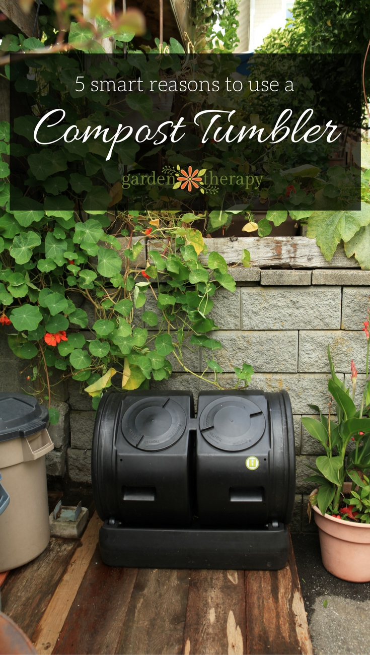 5 reasons to switch to a rolling compost tumbler